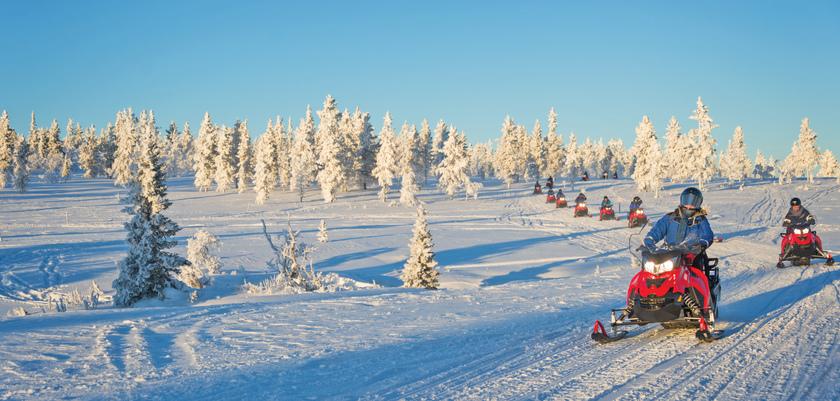 Finland_Saariselka_Snowmobile.jpg